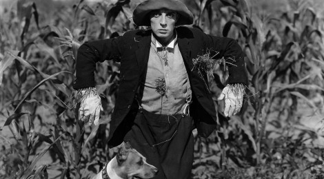 Still from Buster Keaton in The Scarecrow
